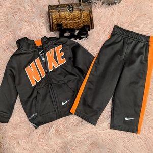 EUC💥 18 M Boys/Unisex Nike Sweat Outfit
